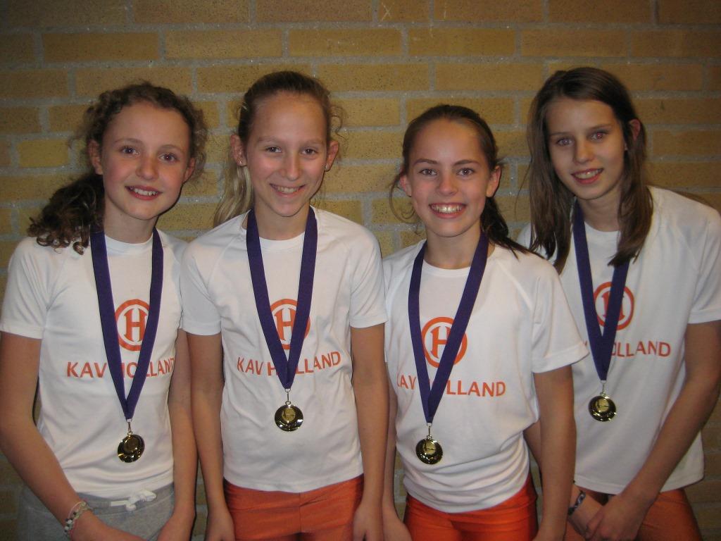 Meisjes D1 junioren Nederlands indoorkampioen 4 x 50 m estafette