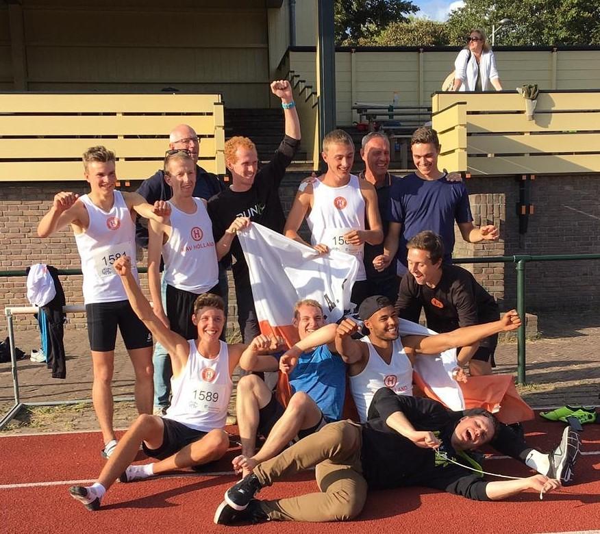 Mannen KAV Holland stunten in het hol van de leeuw